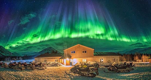 За северным сиянием! В первый день Нового года из МСК в Мурманск за 4600₽ туда-обратно