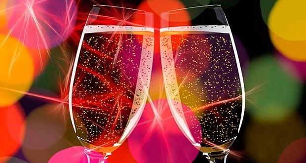 По стопам Жени Лукашина: между двух столиц на Новый год за 4100₽ туда-обратно. Дешевые авиабилеты S7