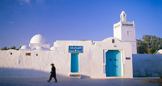 Летом в Тунис из Москвы с Aegean за 12900₽ туда-обратно