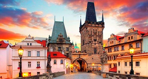 Завтра в 9 утра вместо офиса в Прагу! Тур из Москвы на 5 ночей от 9900₽/чел.
