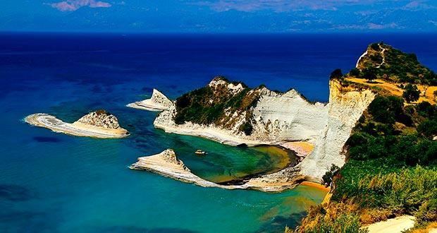 Туры на неделю из Москвы в Грецию (Корфу) за 13700₽ с человека. Вылет уже в субботу!