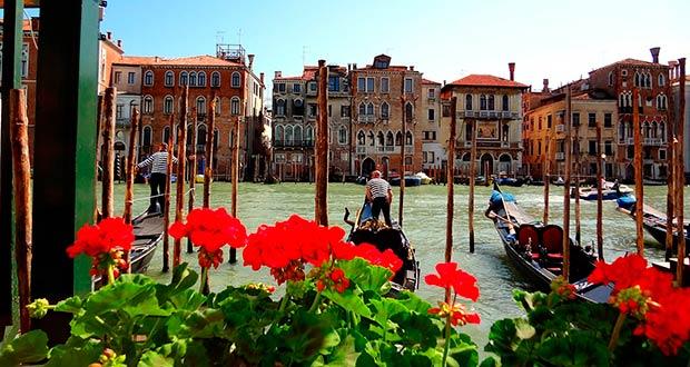 Весеннее большое путешествие по Италии: чартер из Москвы в Венецию за 7700₽ туда-обратно