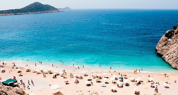 В июне, июле или августе из СПб в Турцию туром на неделю от 21300₽ на чел.